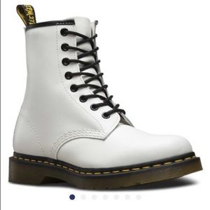 brand new never been worn WHITE DR MARTENS